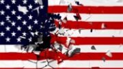 جنگ قدرت در آمریکا با رنگ و بوی کودتا/ ساختمان کنگره تصرف و پرچم آمریکا به پایین کشیده شد